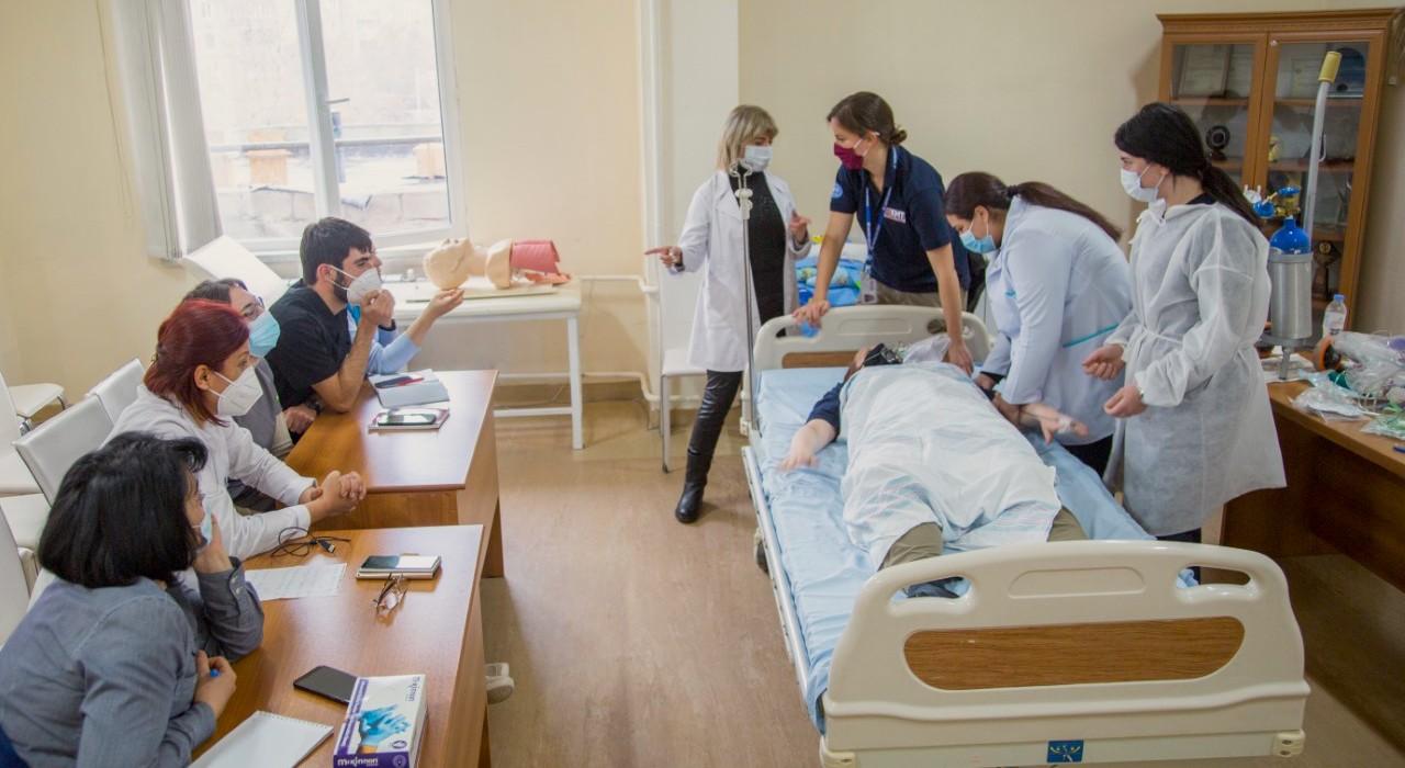 UK EMT team train staff in Armenia