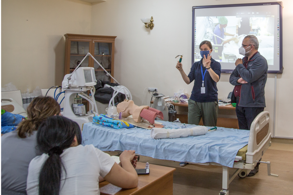 Rebecca Inglis delivering specialist training to ICU doctors and nurses in Armenia